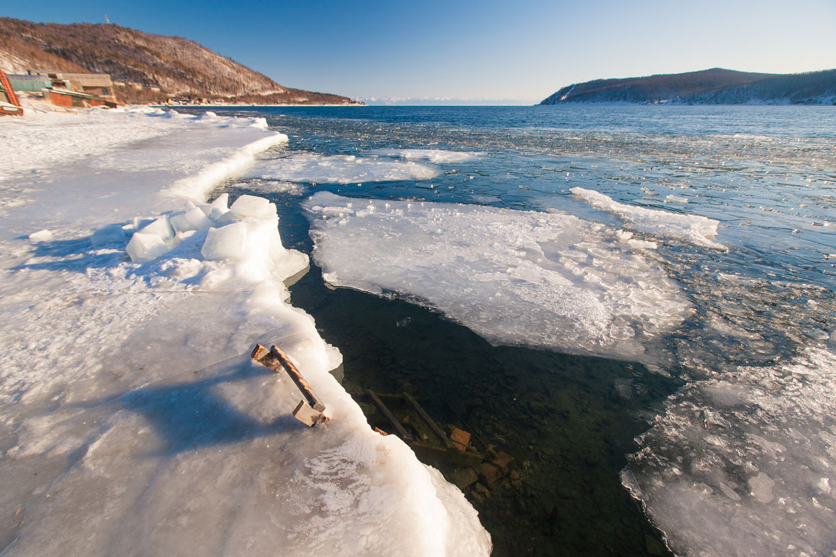 Зимняя баня на Байкале